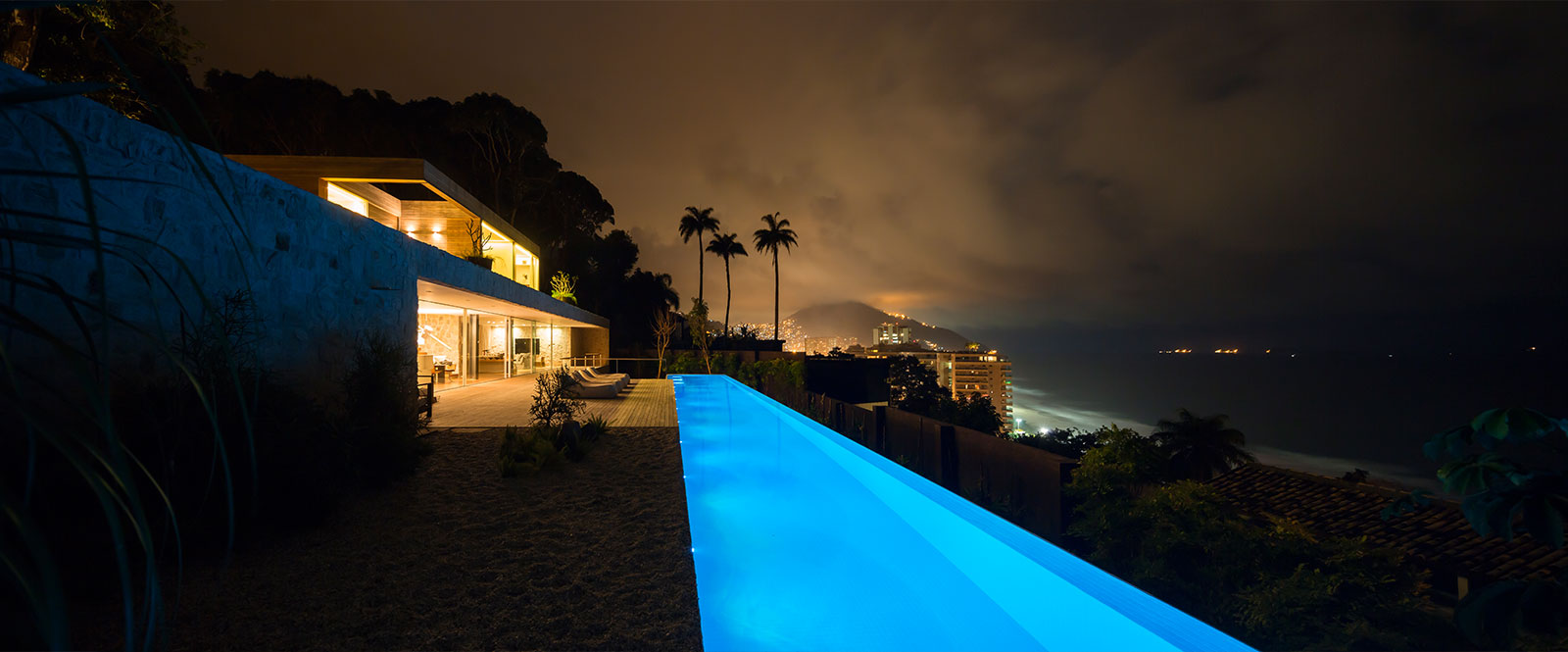 AL House : luxurious modern house in Rio de Janeiro Brazil