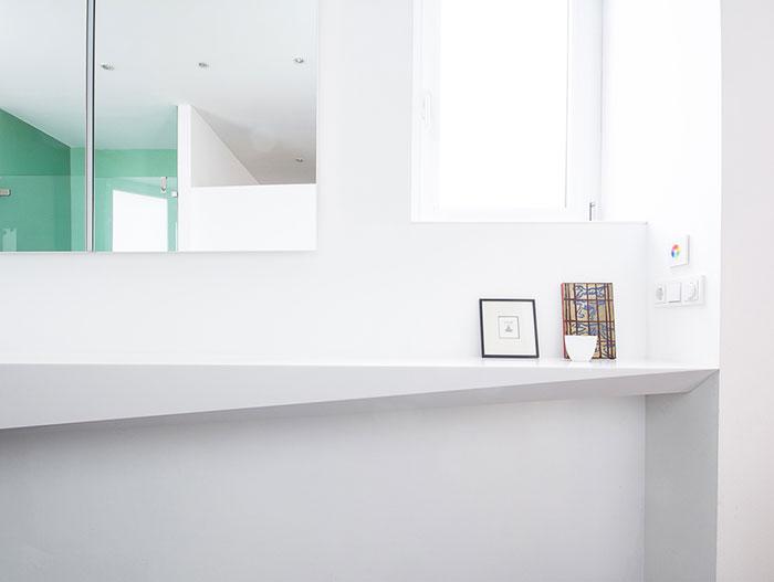 Angular bathroom design