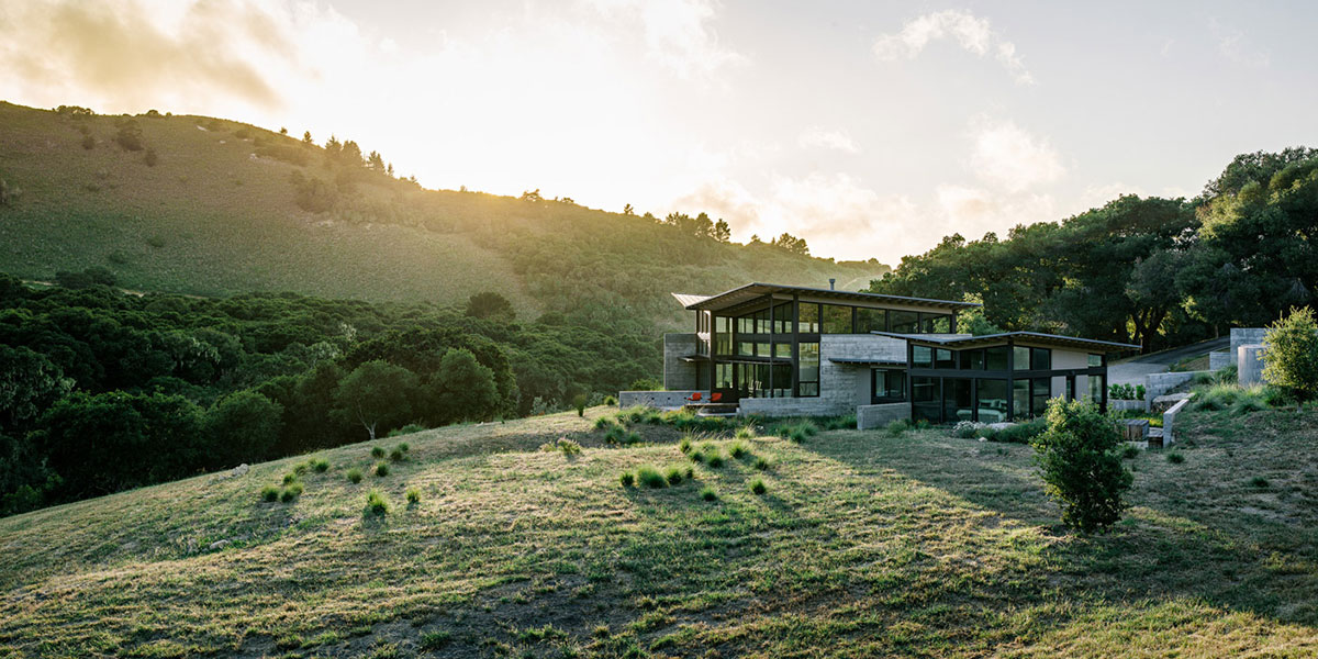 Butterfly House - Contemporary low-energy home in Carmel, California inspired by nature's beauty
