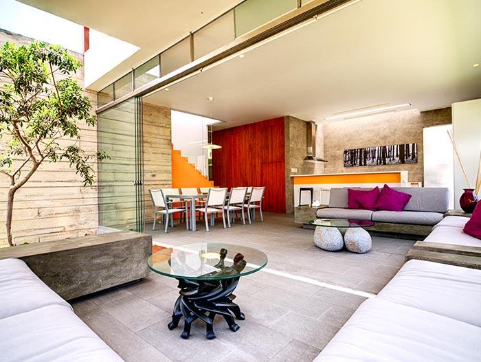 Casa Seta Stunning Modern House