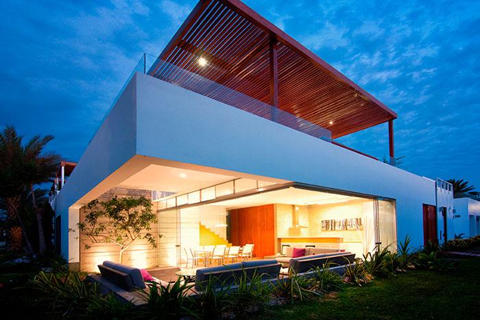 Casa Seta by Martin Dulanto - Exterior View