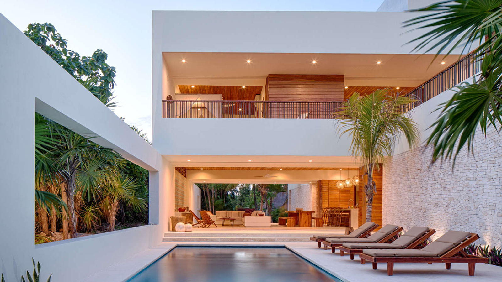 Casa xixim beautiful beach house in tulum mexico beach for Stunning houses pictures
