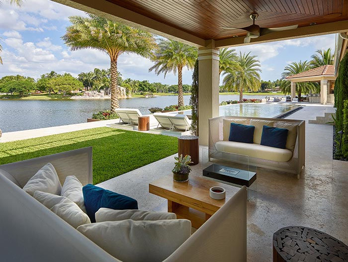 Doral Residence Outdoor Entertainment Area