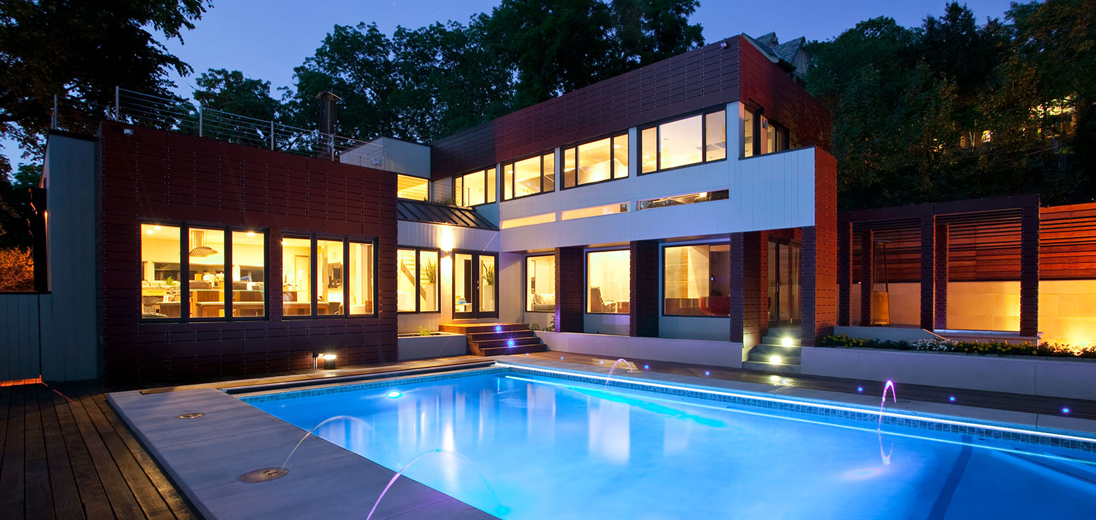 Drakes Residence - Modern House With Stunning Pool By Faust Construction