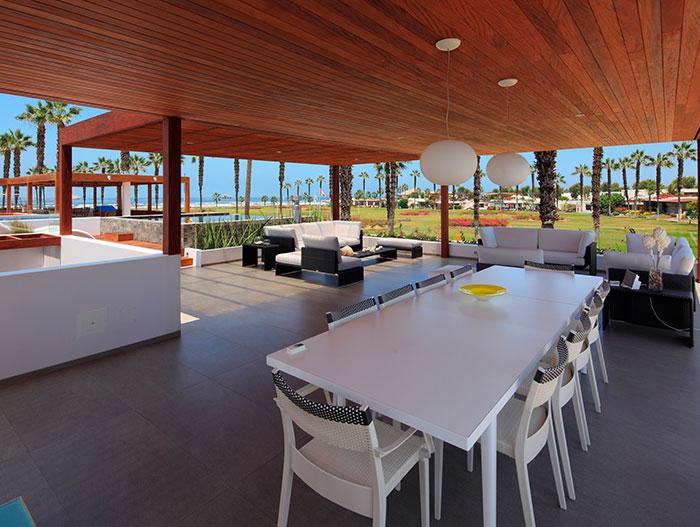 Large Social Area - Terrace