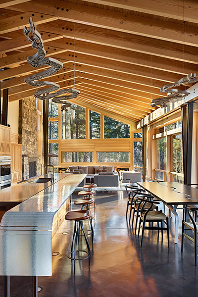 Mazama House Beautiful Kitchen And Dining Room