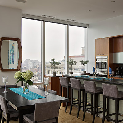 Modern And Practical Kitchen Design In A Stunning Penthouse Located In Manhattan