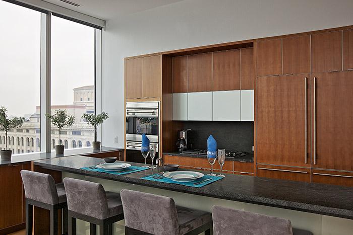 Modern manhattan duplex penthouse with stunning views and feng shui principles 10 stunning homes - Manhattan kitchen design ...