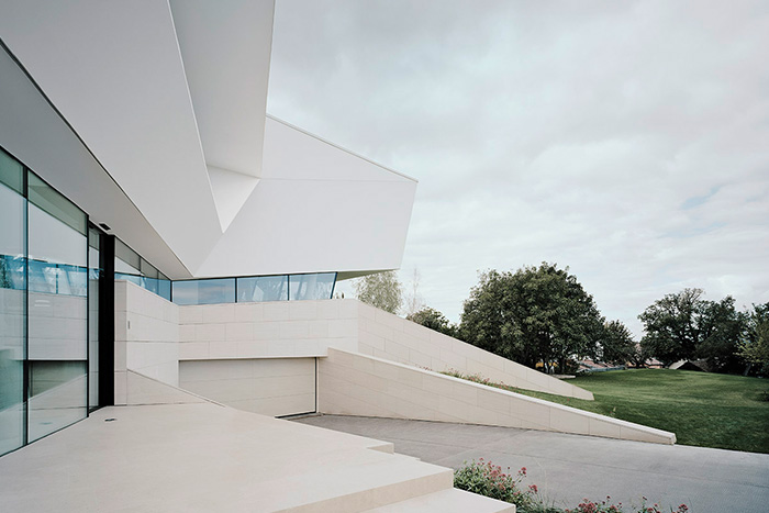 Monolithic Residence Near Vienna By Project A01 Architects