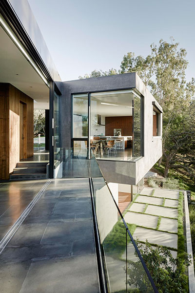 Oak Pass House Modern Home In California
