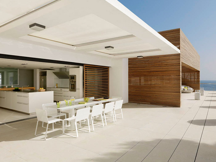 Pure White Residence Stunning Terrace Near Beach