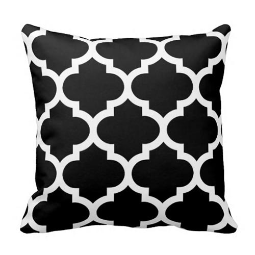 Quatrefoil Pillow in Black and White