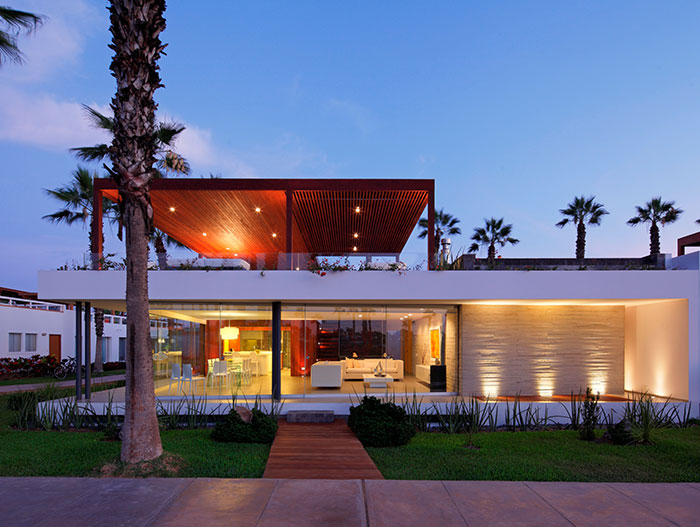 Casa P12 Stunning Beach House Near Lima Peru 10