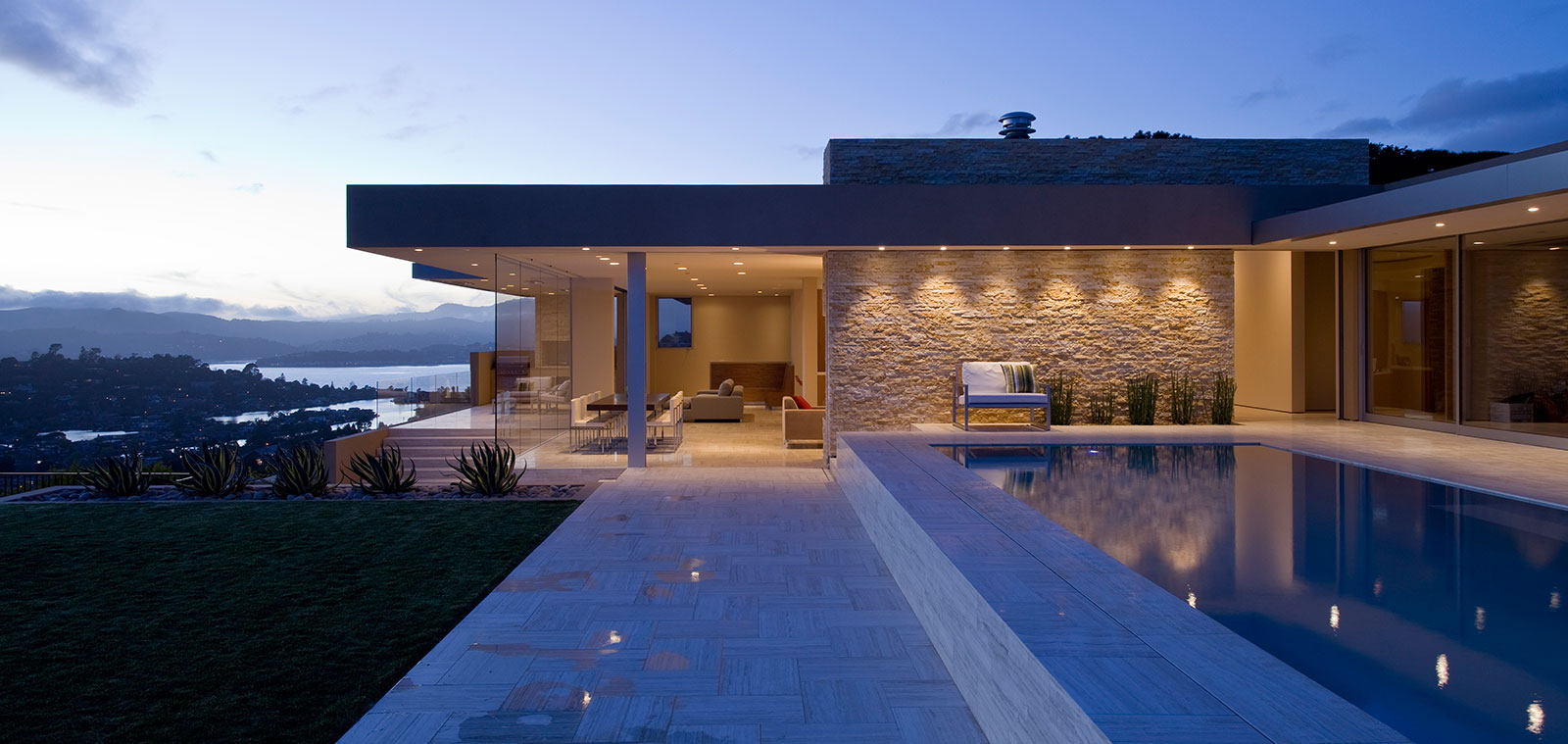 Stunning Home With Spectacular Views Of San Francisco Bay