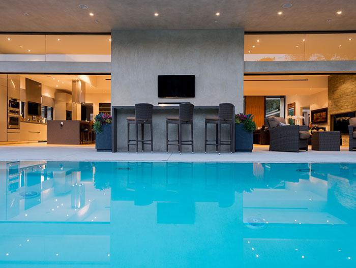 Stylish Californian house with stunning pool
