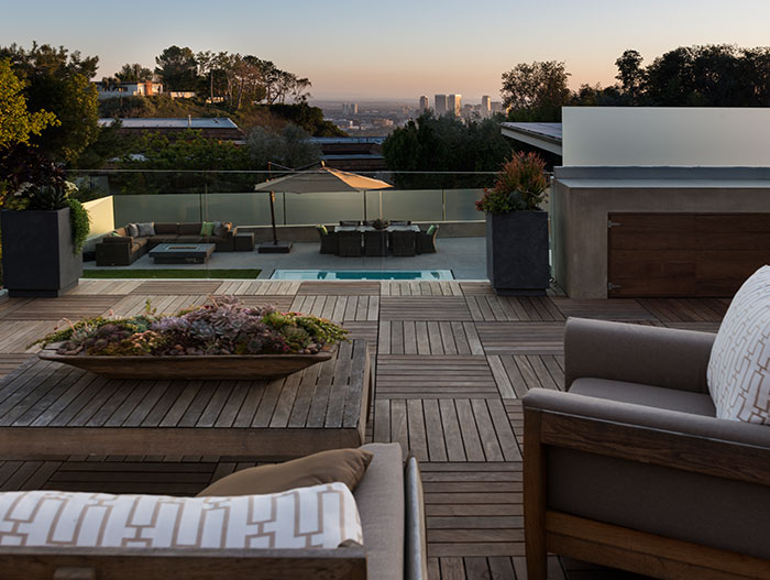 Stylish modern home with spectacular views