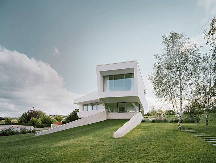 Ultra-Modern House Near Vienna By Project A01 Architects