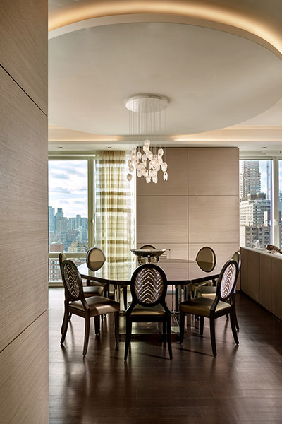Wasserman Residence Stunning Dining Room In A Luxurious Apartment Located In New York