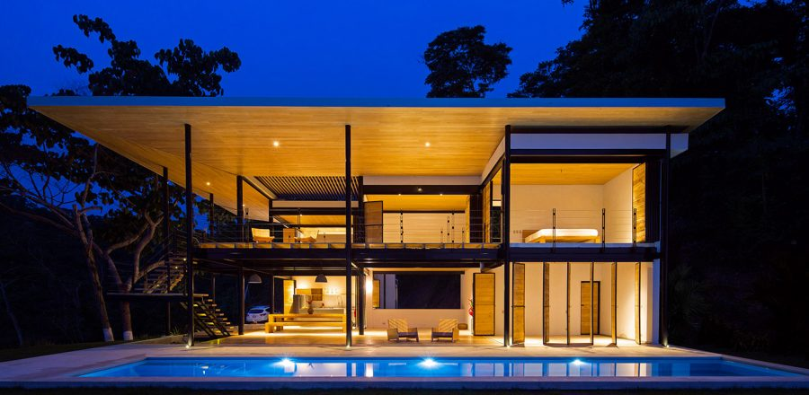 Ocean Eye by Benjamin Garcia Saxe: Beautiful, eco-friendly house in Costa Rica boasts breathtaking views of the ocean and jungle