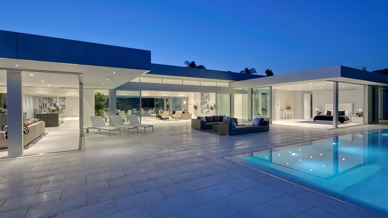 Bon Carla Ridge Residence: Spectacular Beverly Hills Mega Mansion By McClean  Design Overlook Los Angeles