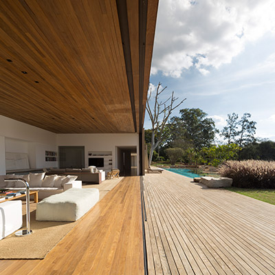 Casa Itu by Studio Arthur Casas - modern Brazilian architecture and sustainable features