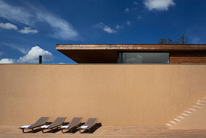 Casa Itu - Sustainable house for a young family; great example of modern architecture