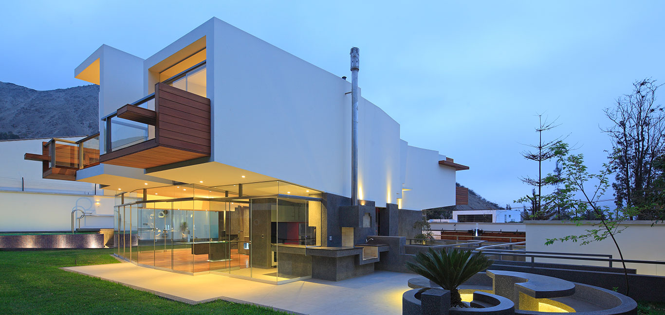 Casa Para Siempre: Breathtaking house in Peru by Longhi Architects