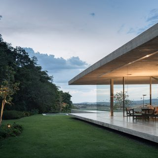 Casa Redux by Studio MK 27: Minimalist Brazilian house that appears to float above the ground