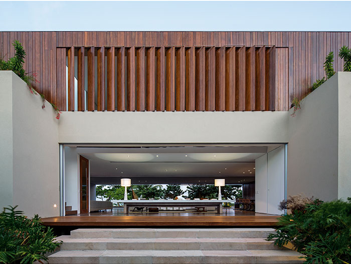 Amazing entrance to stunning beach house in Brazil