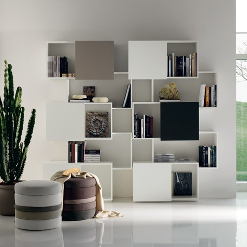 Piquant A Bookshelf