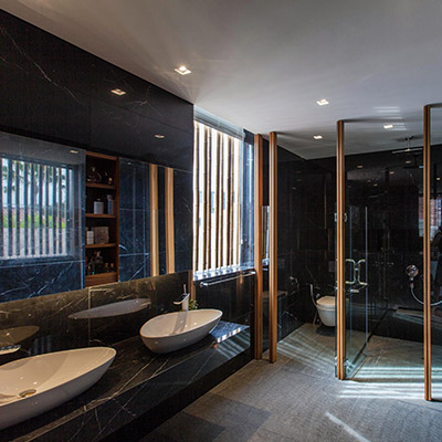Contemporary bathroom in luxury house in East Singapore by Aamer Architects