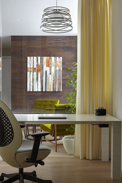 Contemporary home office in Moscow apartment