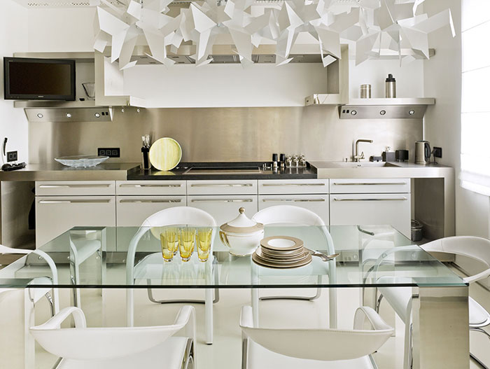 Contemporary kitchen design in luxurious Moscow apartment by  Alexandra Fedorova