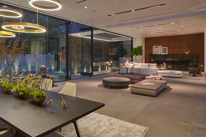 Contemporary living room and bar in amazing Tanager Way mansion by McClean Design