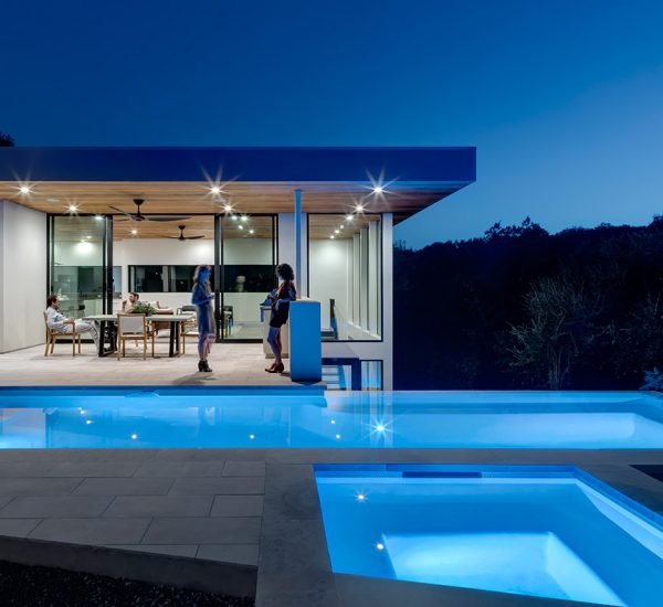 Dazzling Bracketed House in Austin lets the family enjoy an indoor-outdoor lifestyle