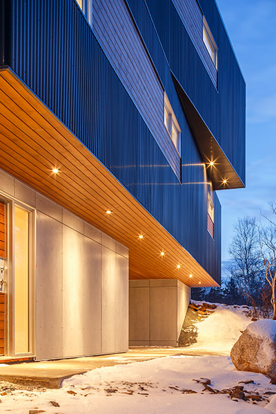 Fyren: Contemporary three-storey house with stunning views over Purcells Cove in Halifax, Canada