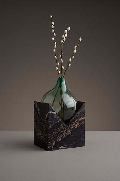 Abstract vase by Studio E.O.  - part of Indefinite abstract vases collection