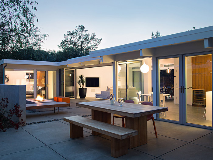 Classic Silicon Valley house gets modern renovation and luxurious outdoor area