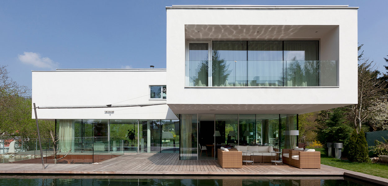 A light-filled, low-energy house in Vienna, Austria by Architekt Zoran Bodrozic