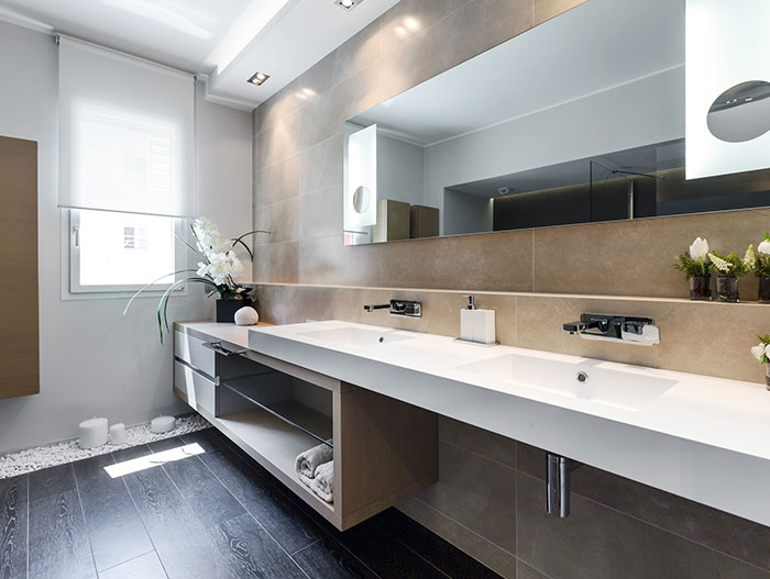 Luxurious bathroom design benefits from the addition of flowers - in amazing summer retreat apartment near Monaco by NG-Studio