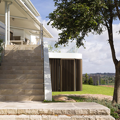 Martello Towerr House by Luigi Rosselli Architects - great outdoor area leading to lounge