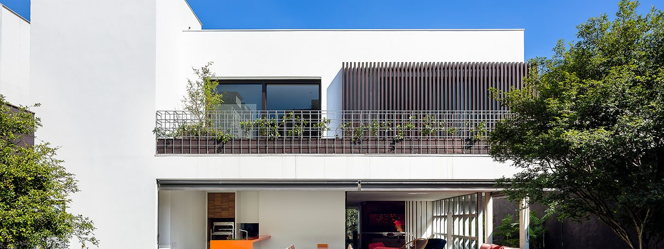 Modern AA House in Sao Paulo boasts unique design and custom furniture pieces by Pascali Semerdjian Architects