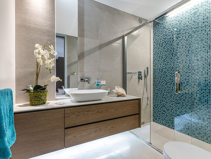 Modern Italian bathroom design by NG-Studio