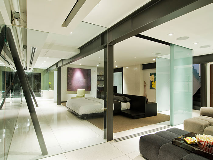 Modern Hollywood Hills Bachelor Pad With Indoor Car Park
