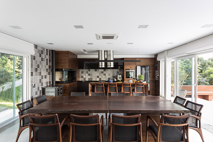 Modern kitchen design idea inside spectacular Brazilian home by Basso Engenharia