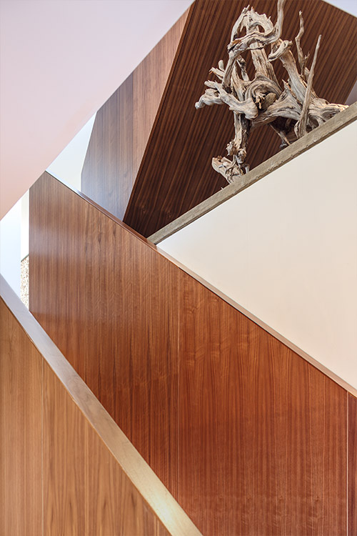 Modern staircase in a contemporary Canadian house - design by Omar Gandhi Architect