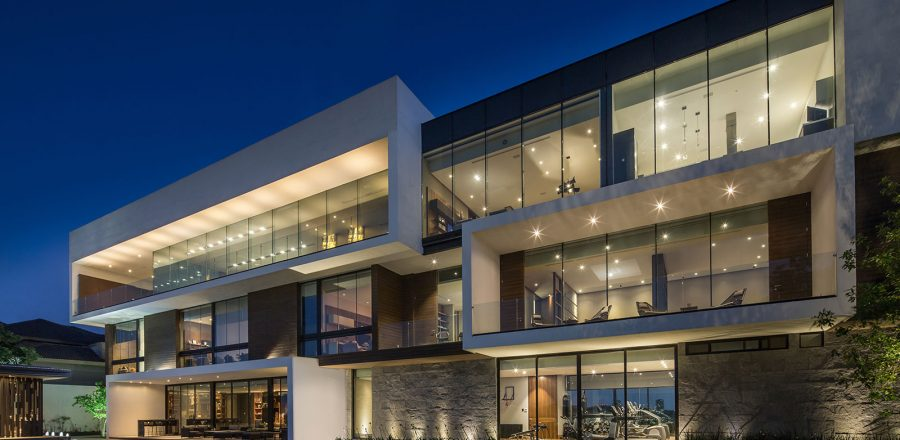 Contemporary architecture at its best: breathtaking house in Mexico by GLR arquitectos