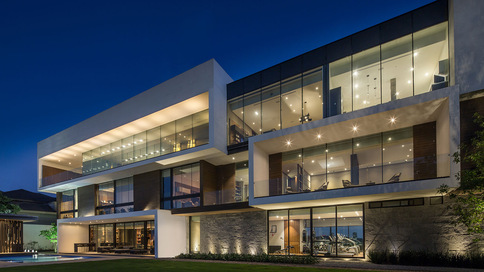 Contemporary Architecture At Its Best Breathtaking House