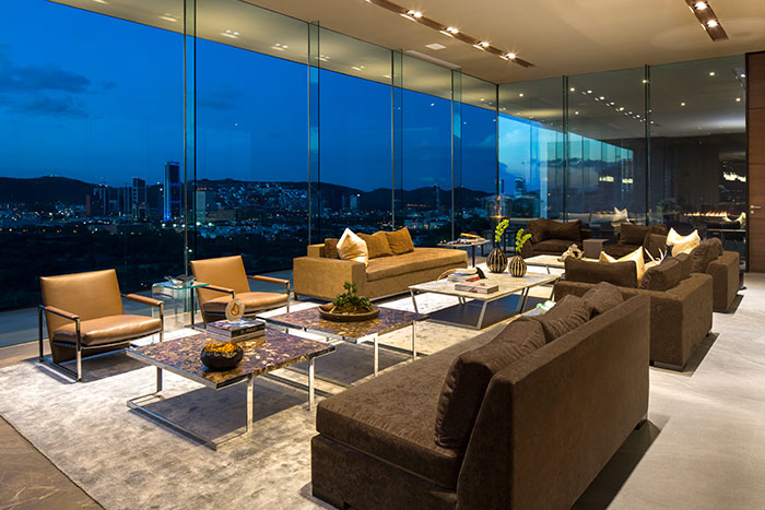 MT House contemporary residence with spectacular city views