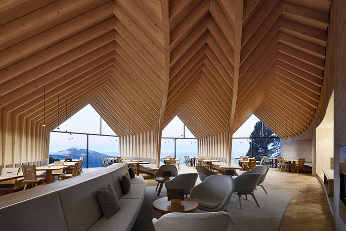 Oberholz Mountain Hut: gorgeous wooden restaurant offers visitors some of the most stunning views of Italy